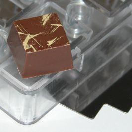 magnet form square